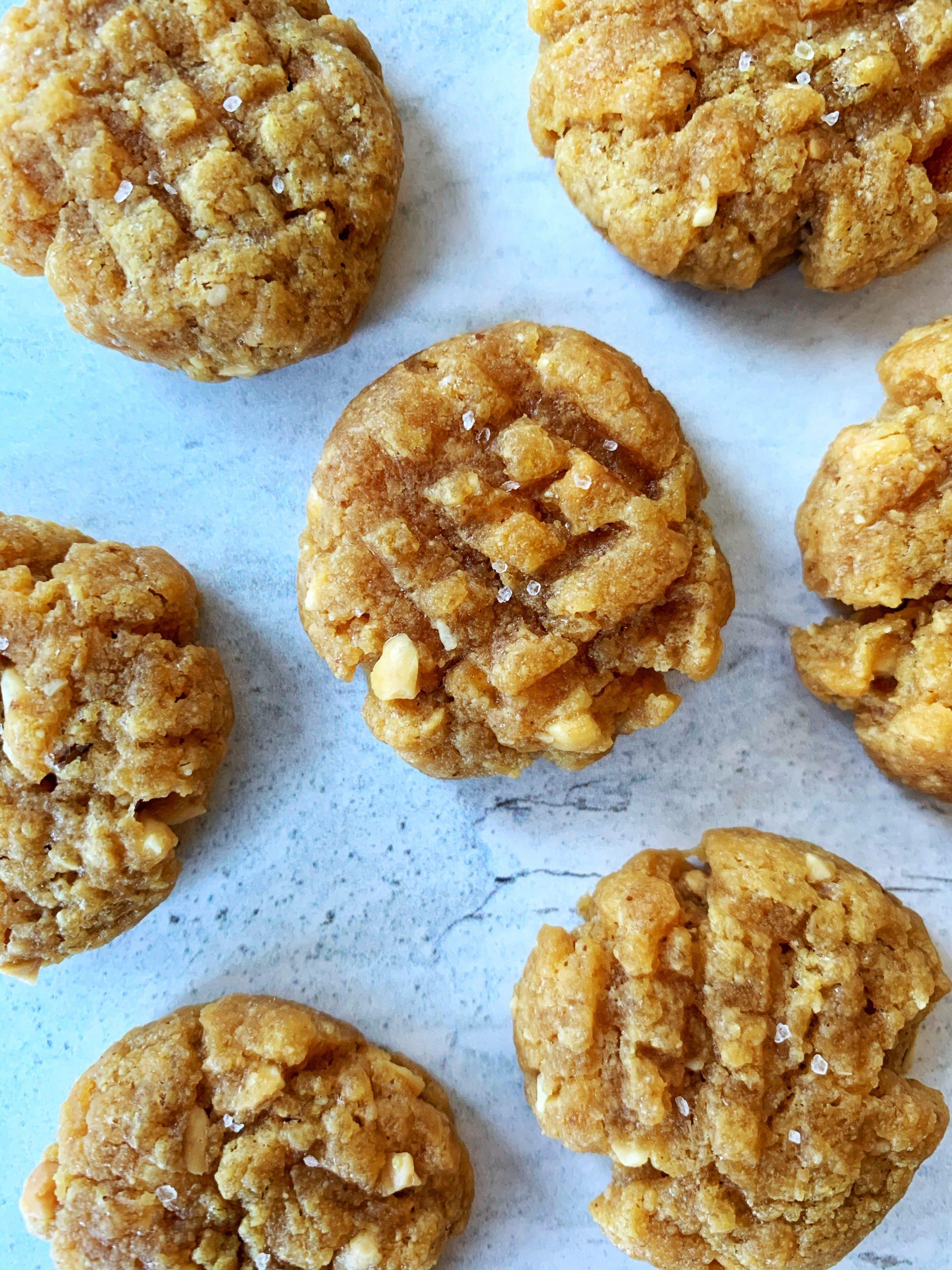 Mini Peanut Butter Chunk Cookies